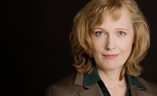 Sylvia Löhken, Into Kustannus